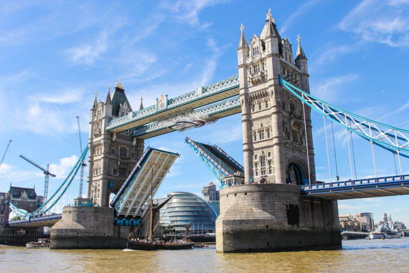 Co navštívit v Londýně - Tower Bridge