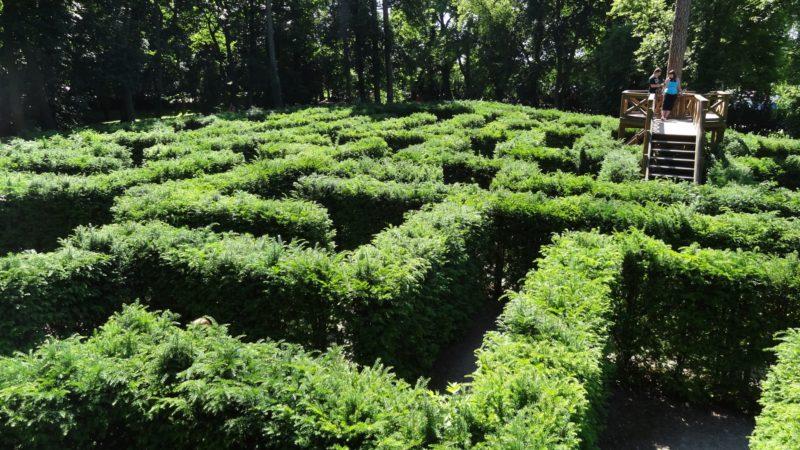 Zámek Loučeň s labyrintem a bludištěm