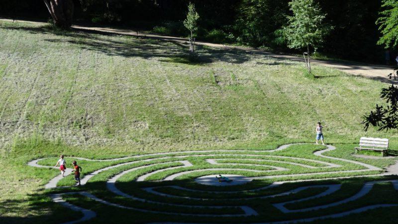 Jeden z dalších labyrintů v Loučni.