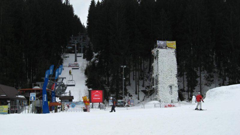 Dolní stanice lanovky ve Ski areálu Bílá