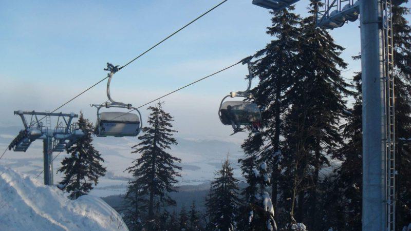 Pohled z vrcholu Bukové hory (958 m. n. m.).