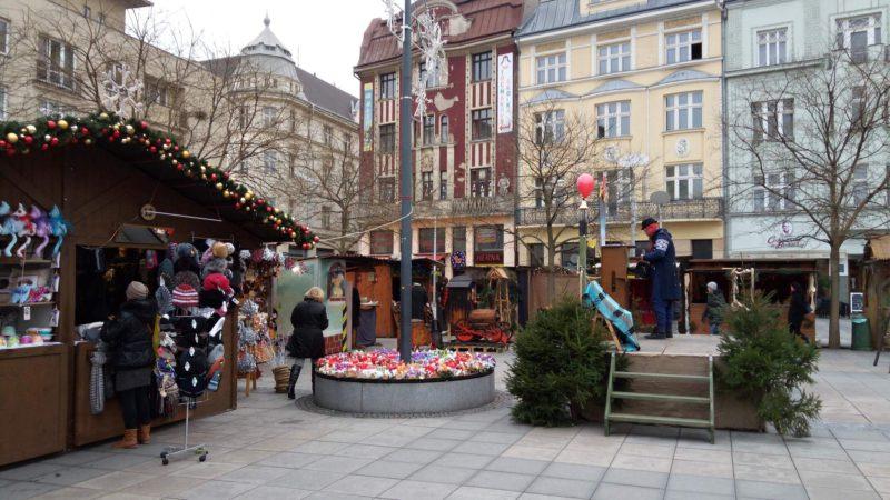 Stránky na vánočních trzích v Ostravě.