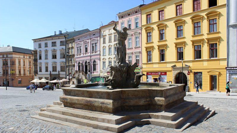 Hlavní náměstí v Olomouci.