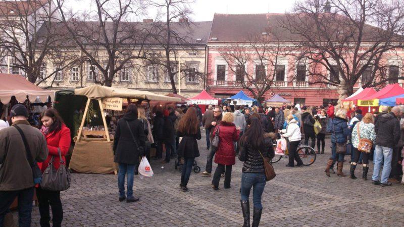 Návštěvníci trhů slaví adventní dobu