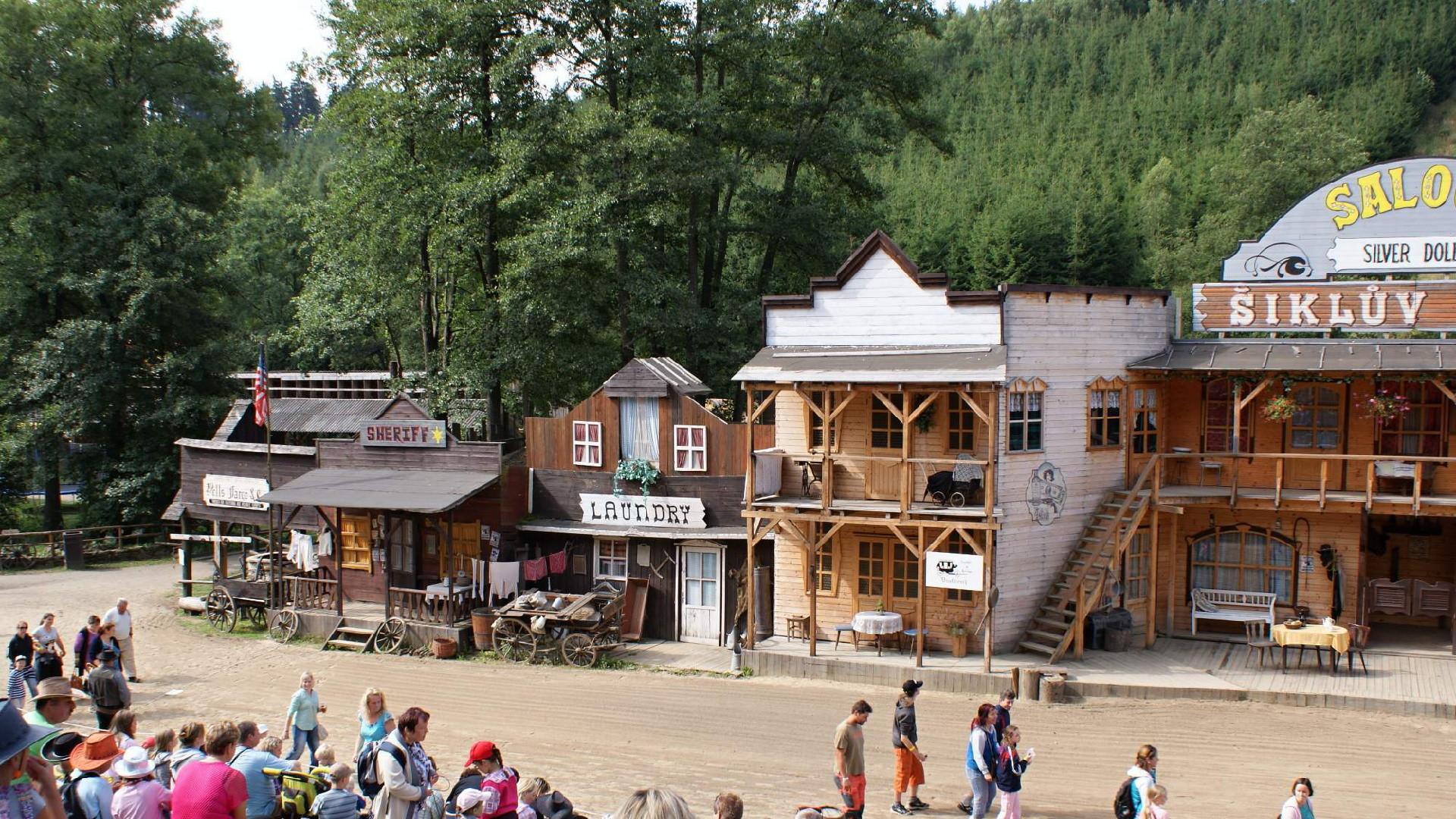 Šikland westernové mestečko na Vysočině – Průvodce, festival, recenze