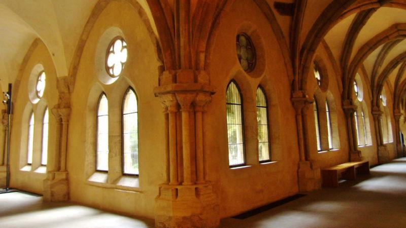 Další neopakovatelný pohled na gotické chodby kláštera