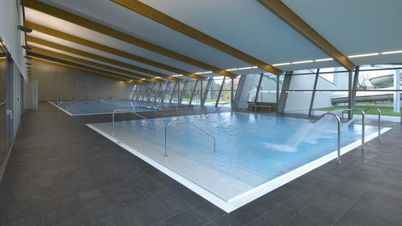 Krásný designový plavecký bazén v Litomyšli