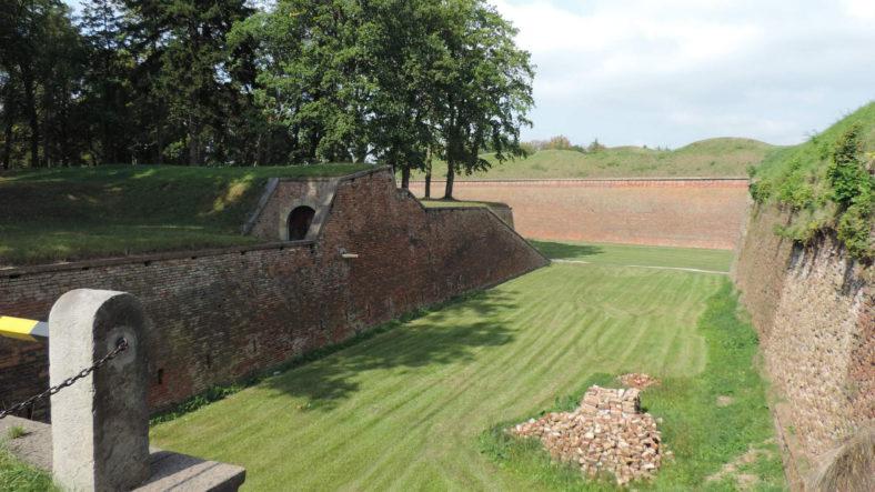 Pevnost Josefov Jaroměr průvodce – Mapa, akce, historie
