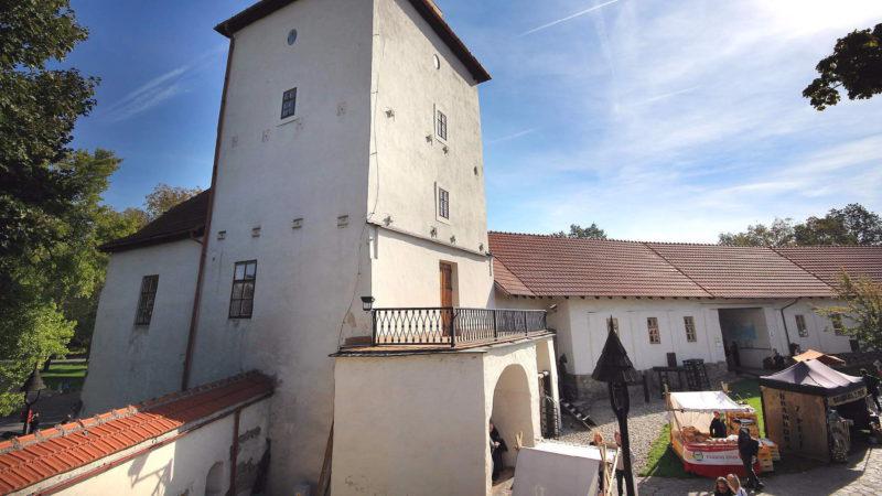 Panorama Slezkoostravského hradu.