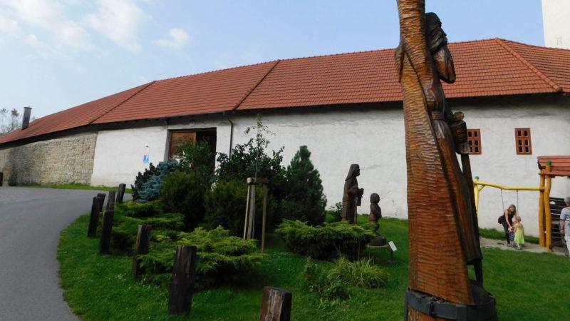 Jeden ze vstupů na Slezkoostravský hrad.
