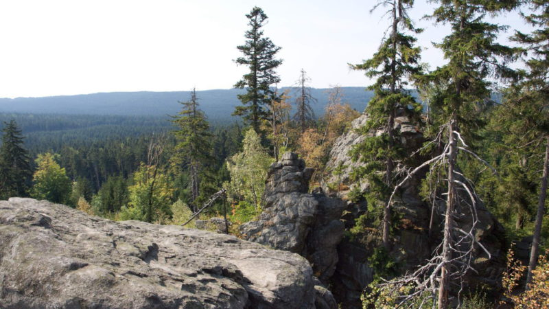 Devět skal (836 m n. m.) je  druhý nejvyšší vrchol Českomoravské vrchoviny