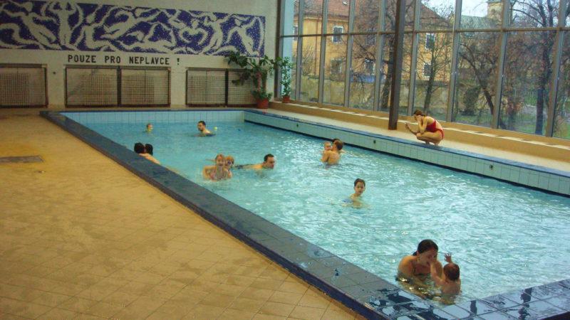 Dětský bazének v bazénu Hloubětín