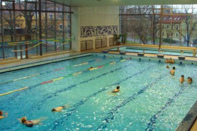 Plavecký bazén Hloubětín