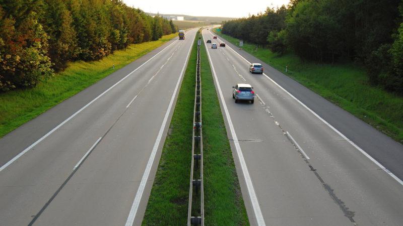 Takovýto provoz bychom si na dálnici D1 všichni přáli