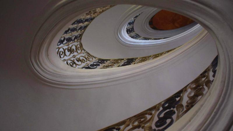 Schodiště v klášteru Plasy