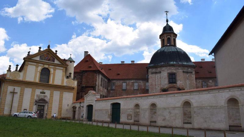 Vstupní brána do klášteru Plasy