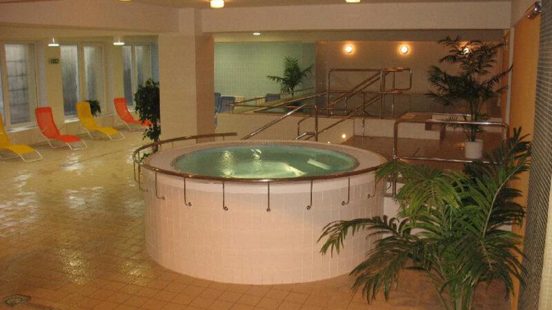Výřivka na bazénu Přerov