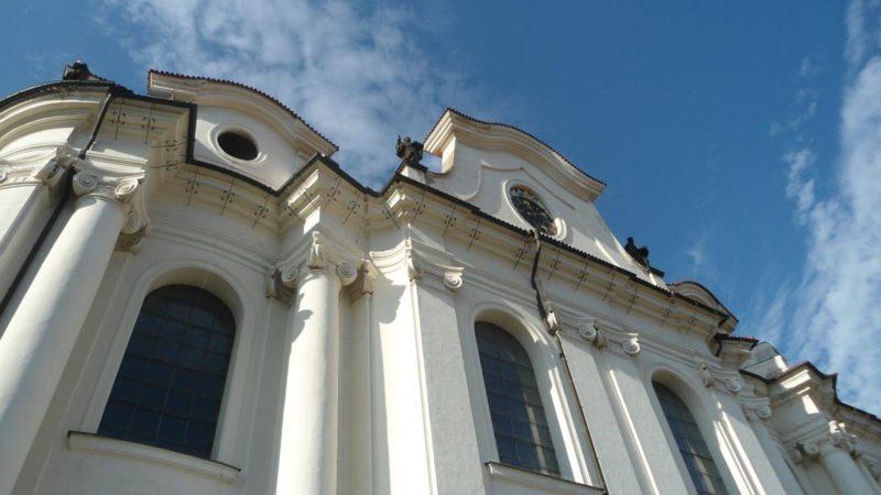 Detail fasády Břevnovského kláštera