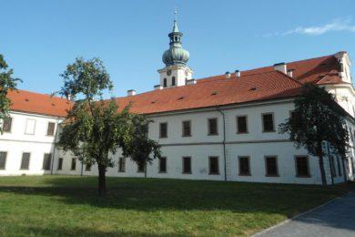 Břevnovský klášter - Restaurace, pivovar, otevírací doba a akce