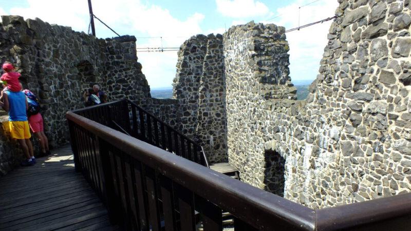 Výhled z jedné z věží