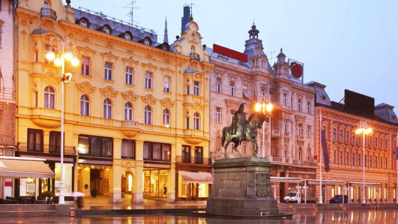 Pohled na hlavní náměstí