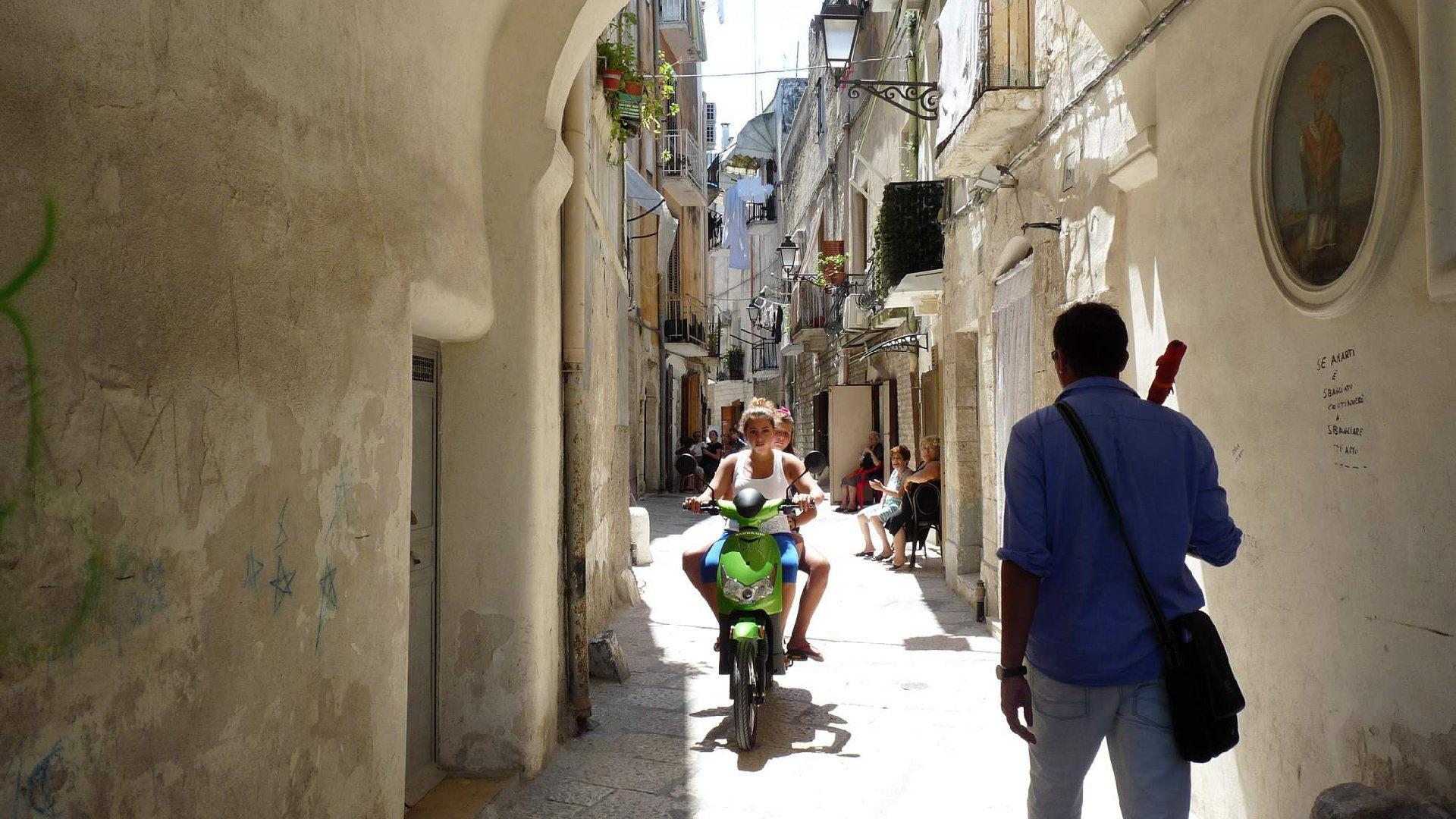 Bari v Itálii – Kompletní průvodce, letenky, pláž + počasí