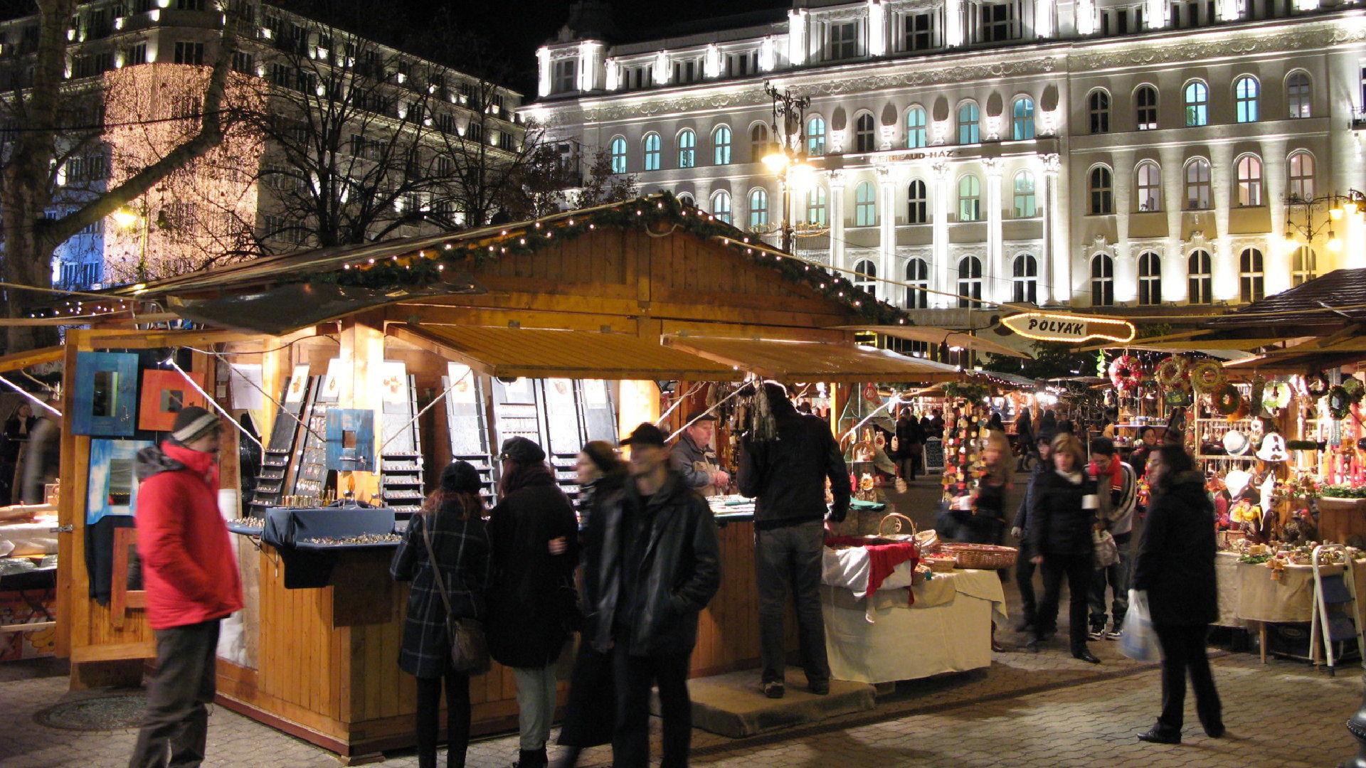Vánoční trhy Budapešť 2019 – Datum, mapa, průvodce