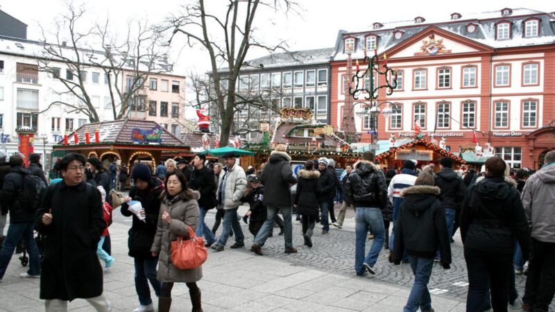 Fotka z vánočního trhu ve Frankfurtu nad Mohanem