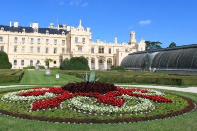 Zámek Lednice průvodce – Vstupné, otevírací doba, interiéry i zahrada