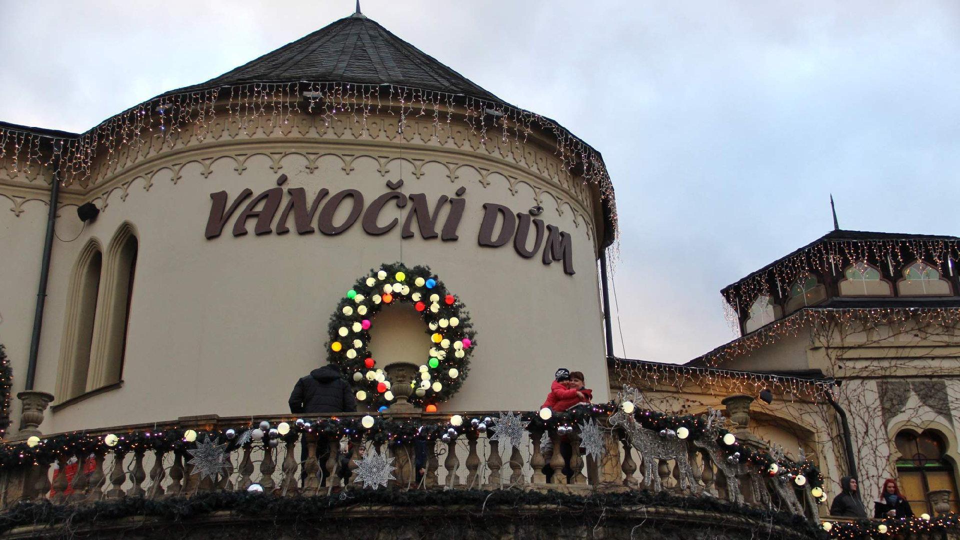 Vánoční dům Karlovy Vary 2019 – Unikátní vánoční muzeum