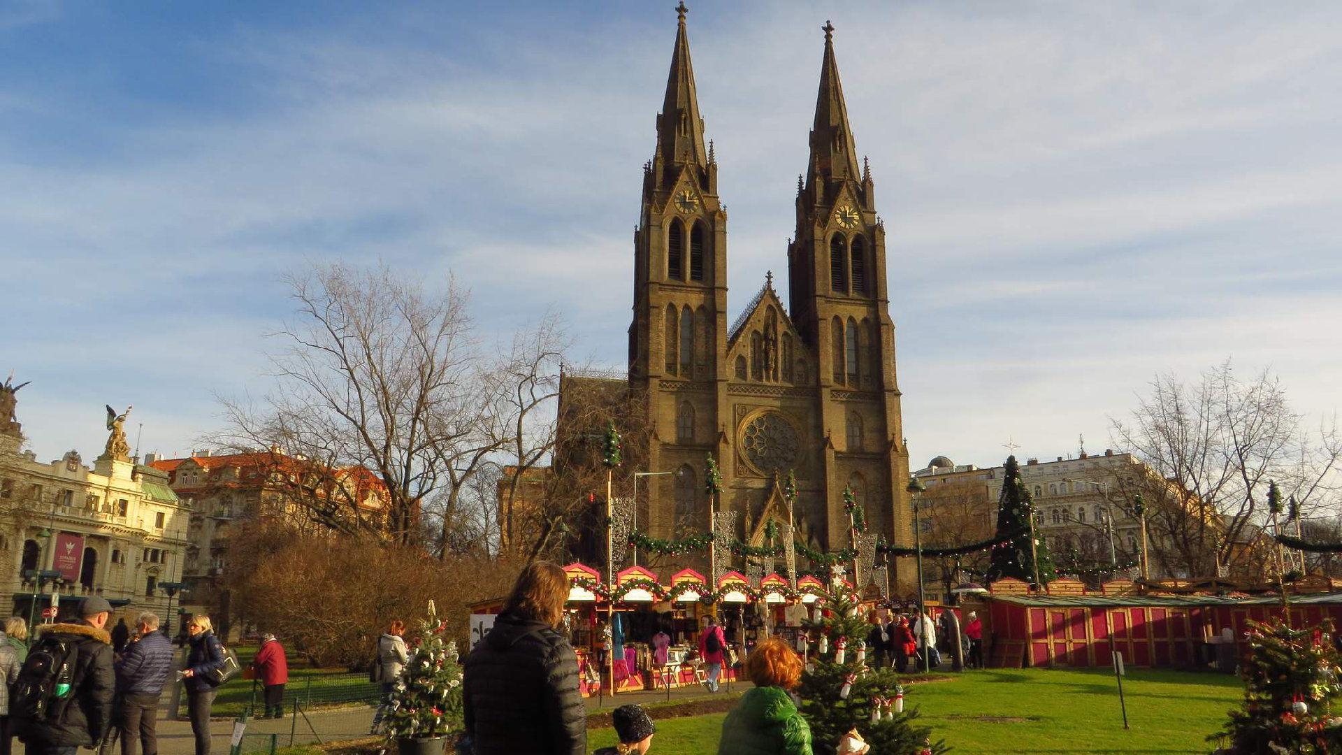 Vánoční trhy na Náměstí Míru 2019 – Otevírací doba a naše tipy