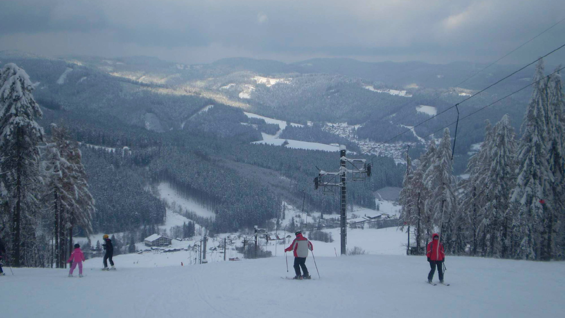 Ski Makov – Průvodce skvělým lyžováním, kousek za hranicemi