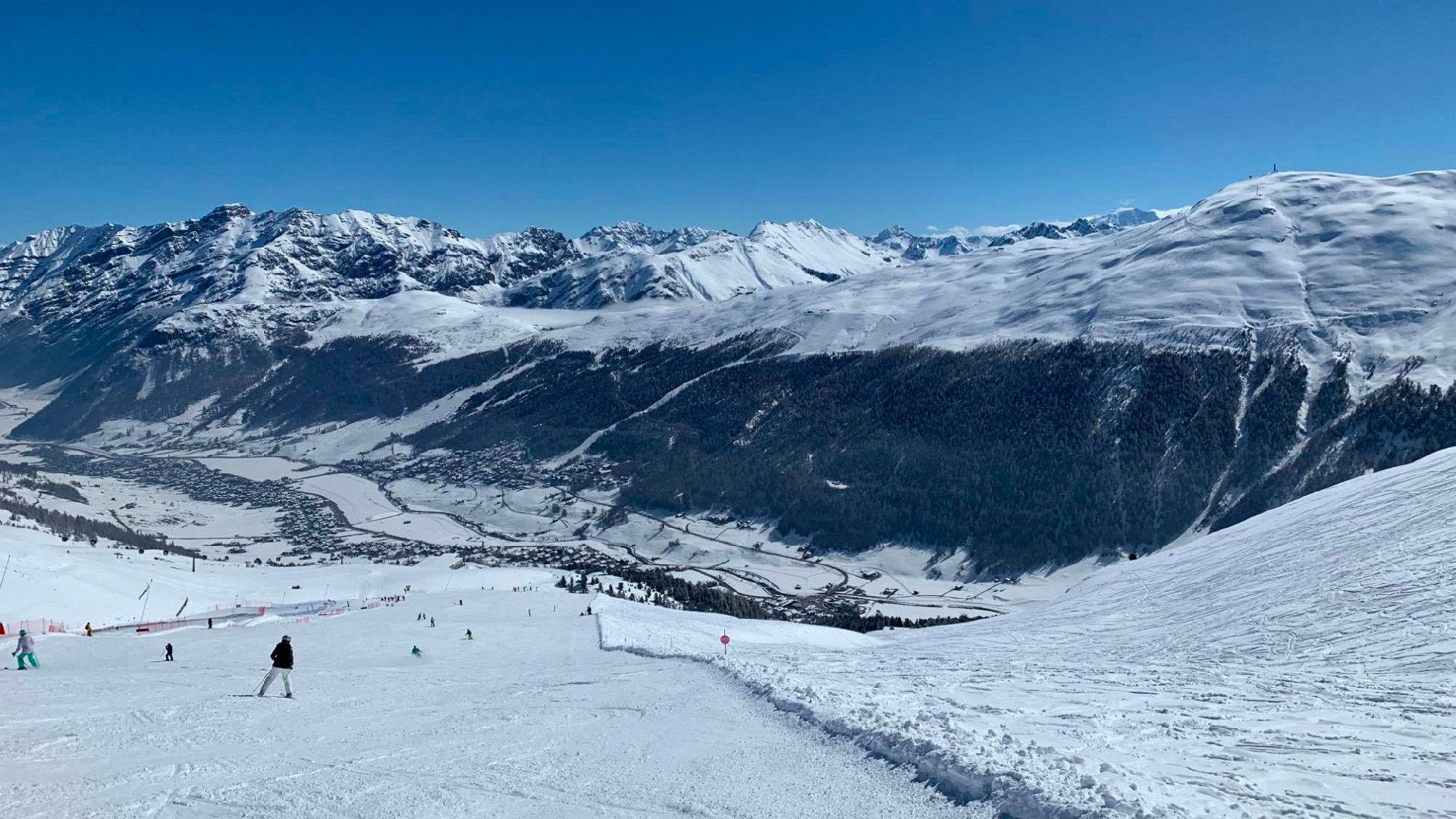 Ski Livigno průvodce lyžařských střediskem (počasí, ubytování, tipy)