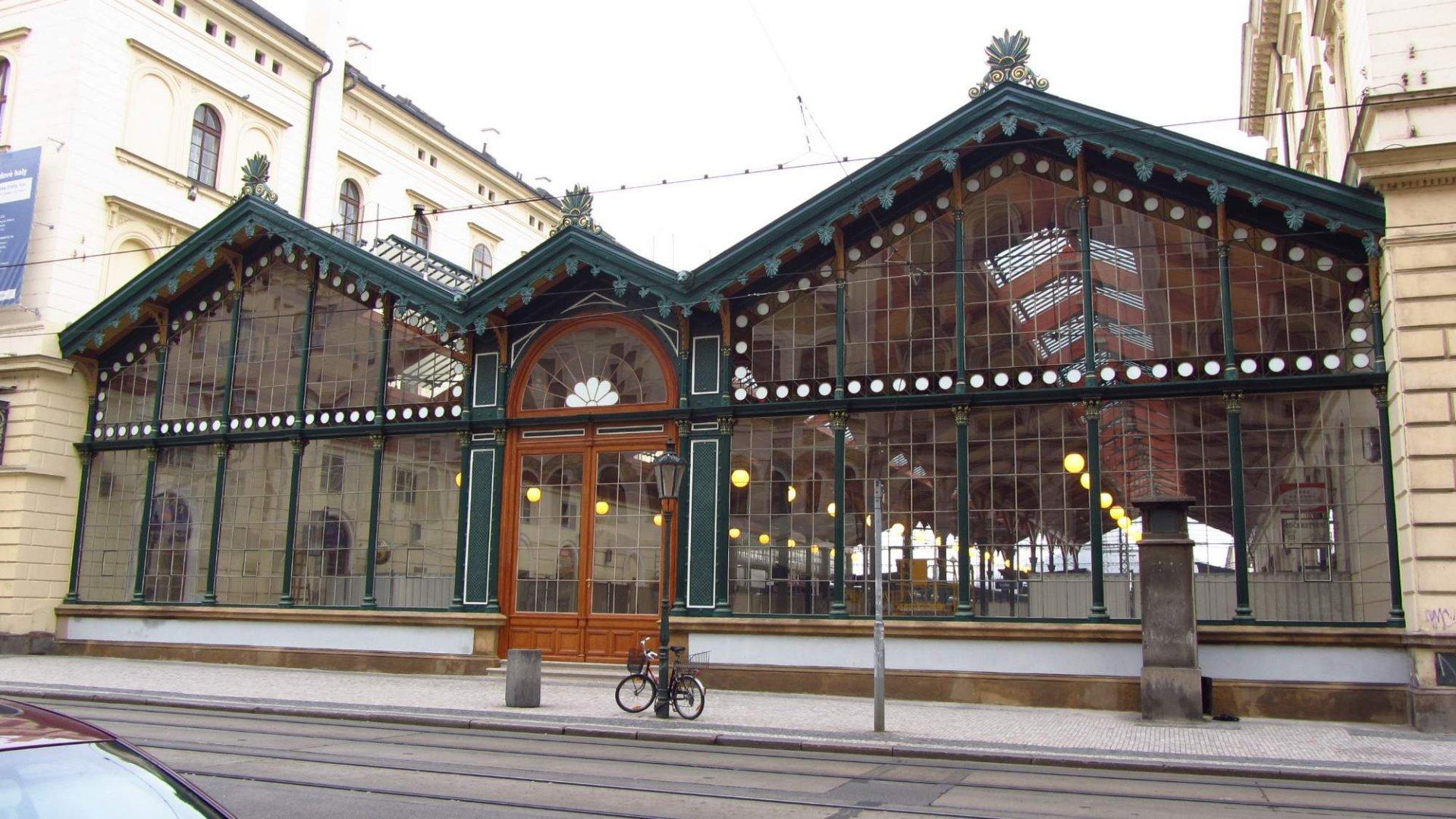 Masarykovo nádraží v Praze – Jízdní řády a průvodce