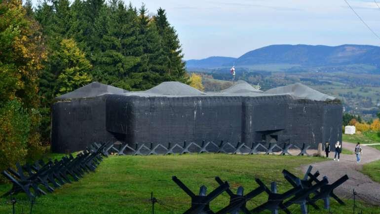 Tvrz Stachelberg – jedinečná vojenská pevnost v Krkonoších
