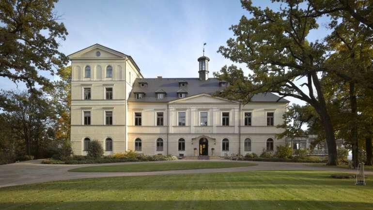 Chateau Mcely průvodce jedinečným zámkem a restaurací Piano Nobile