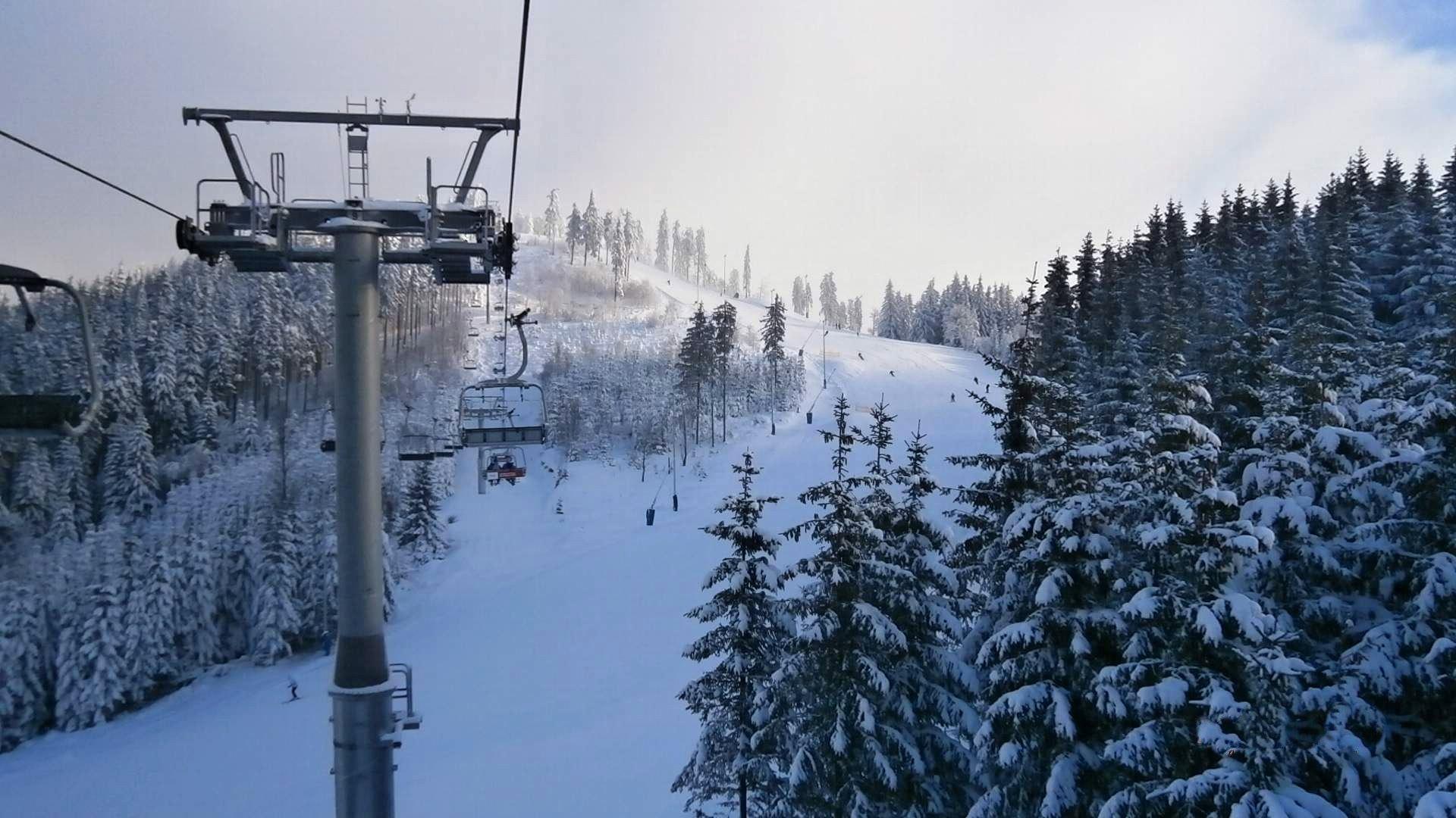 Skiareál Plešivec Krušné hory – Ceník, mapa, průvodce
