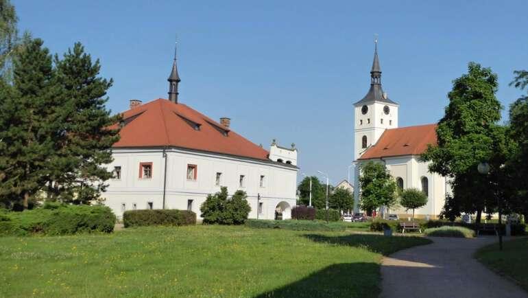 Lázně Bohdaneč – Ubytování, bazén, mapa a kompletní průvodce